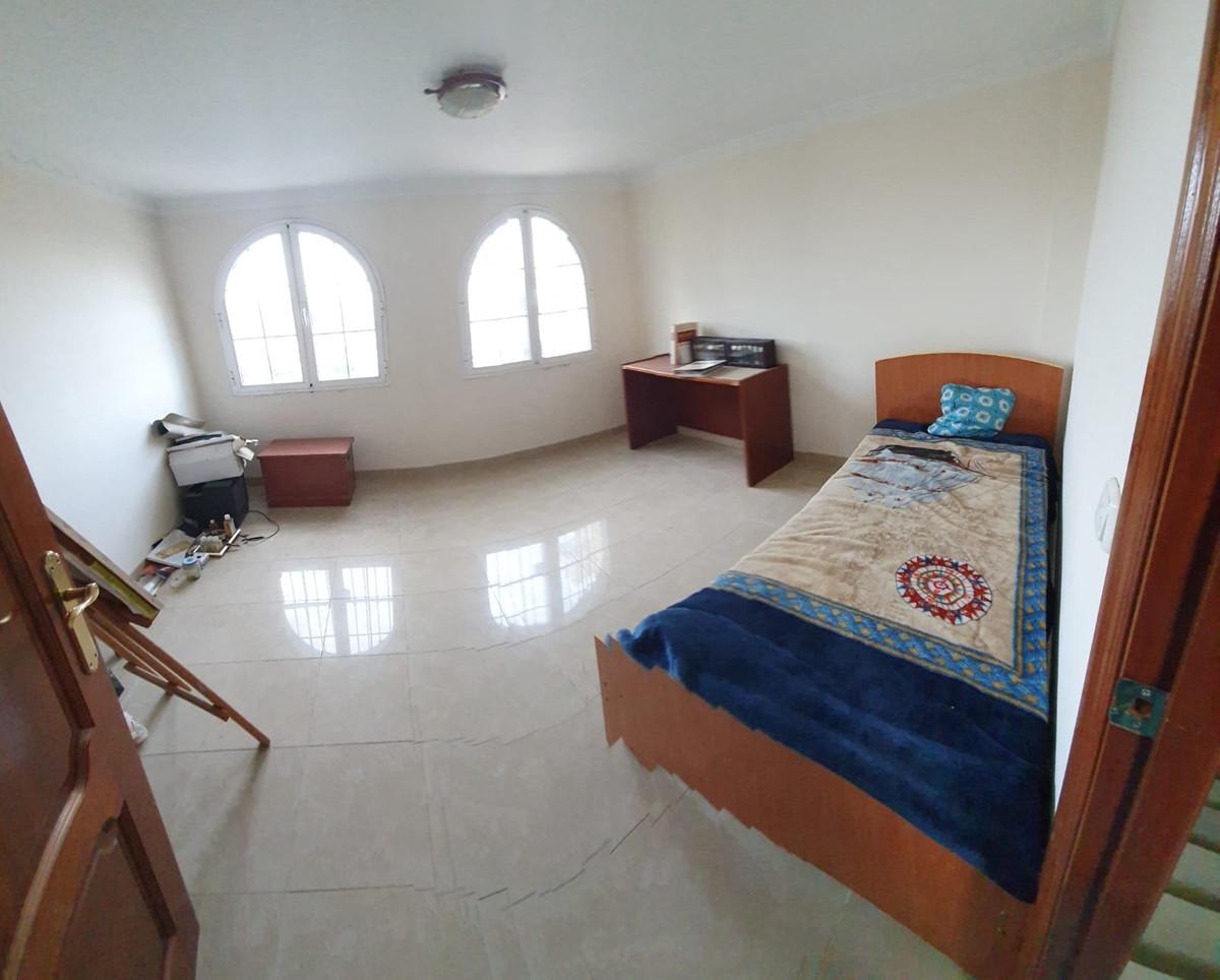 House in Alhaurín de la Torre R3514294 23