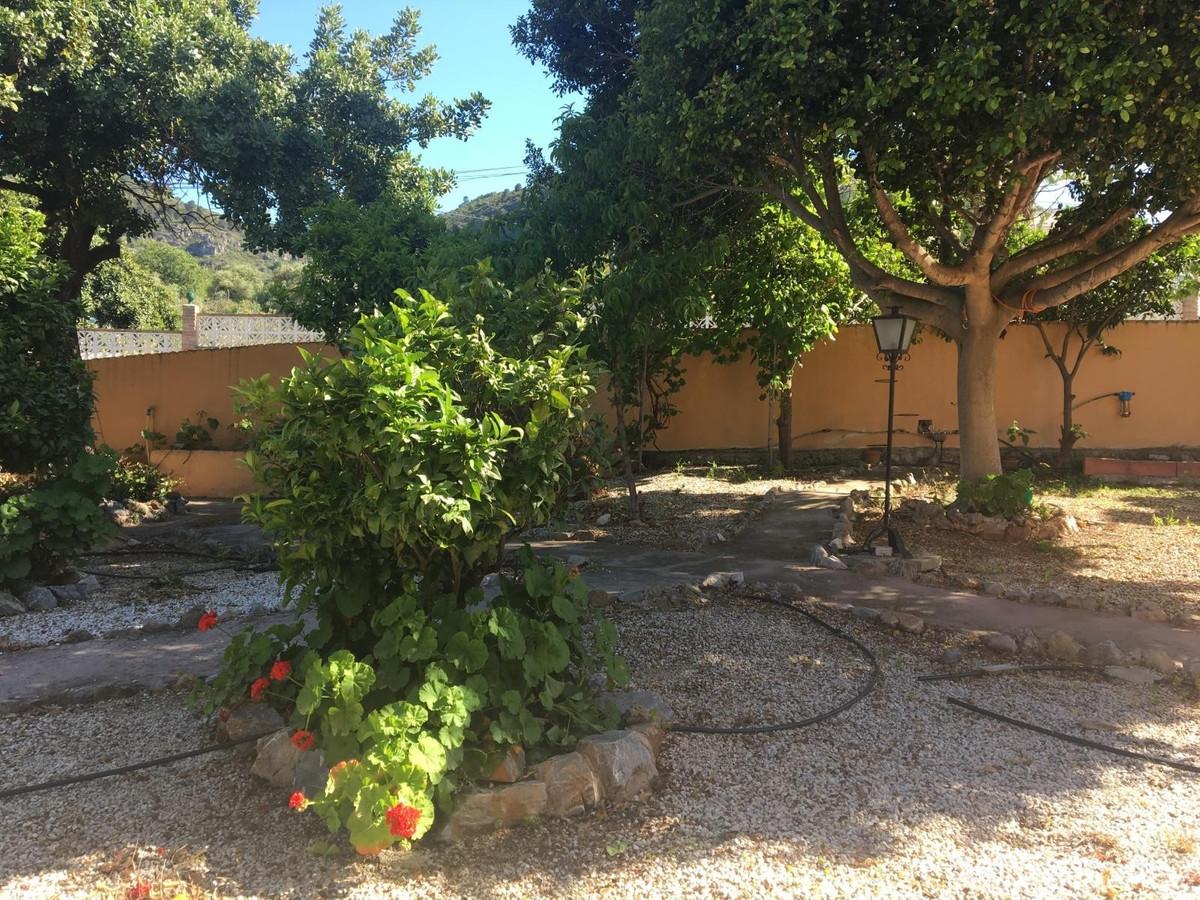 House in Alhaurín de la Torre R3187867 23