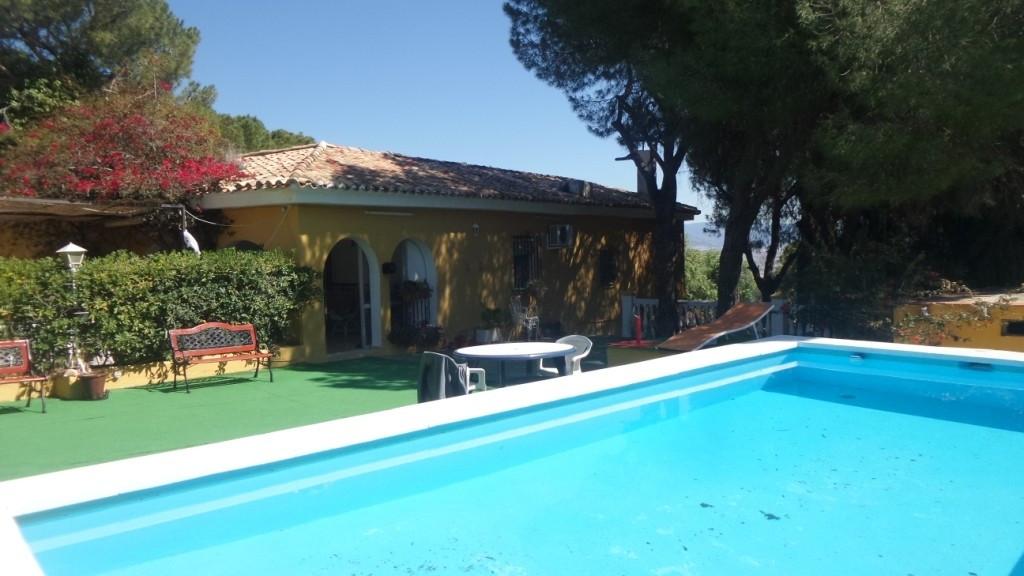 House in Alhaurín de la Torre R3413929 2
