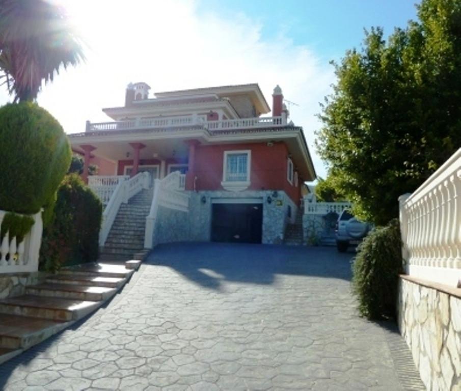 House in Alhaurín de la Torre R3536257 1