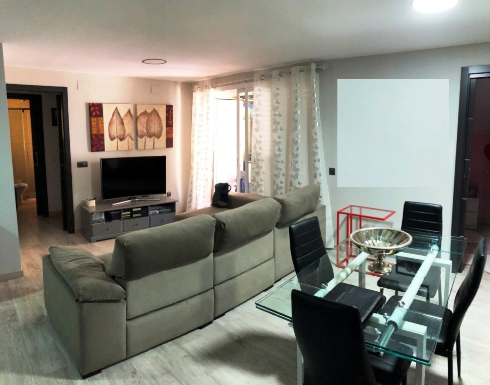 Apartment in Alhaurín de la Torre R3299473 3