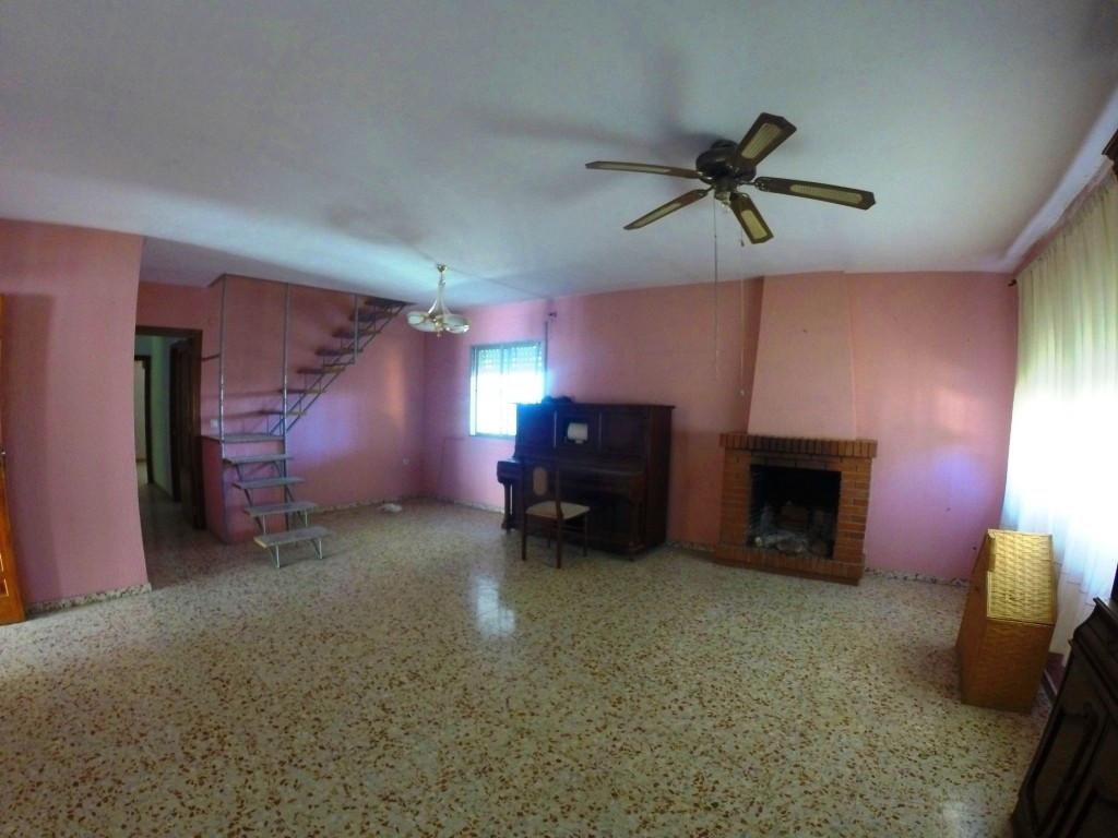 Villa in Alhaurin de la Torre located in a privileged environment. Villa on the Costa del Sol from wSpain