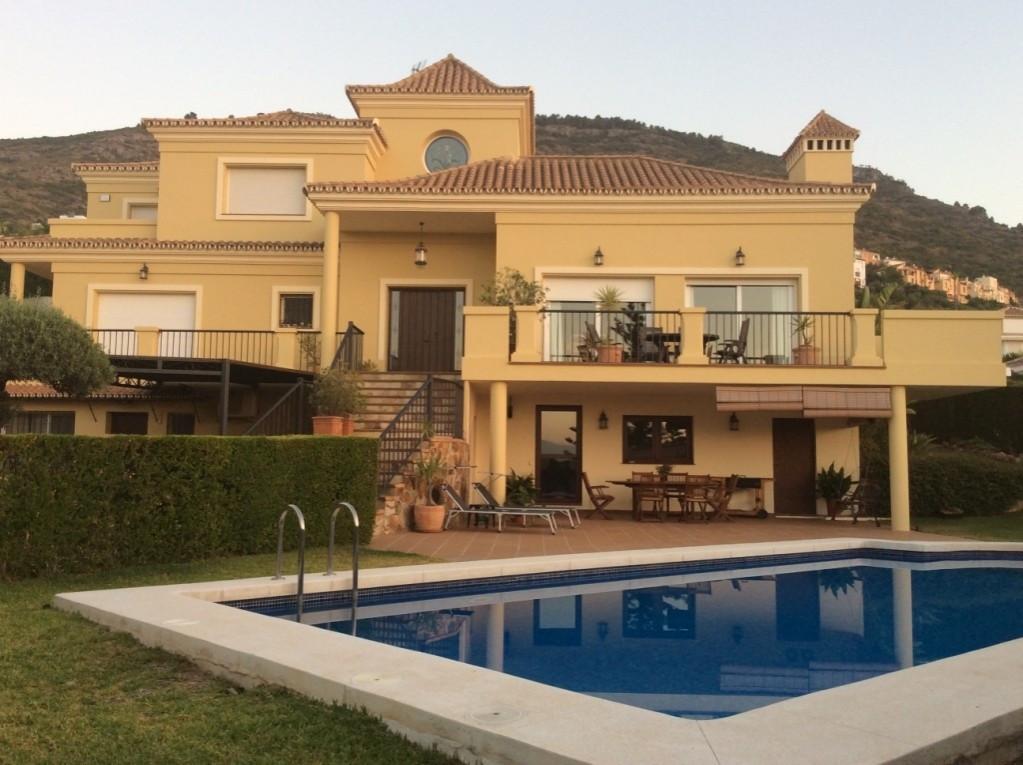 House in Alhaurín de la Torre R3437398 1