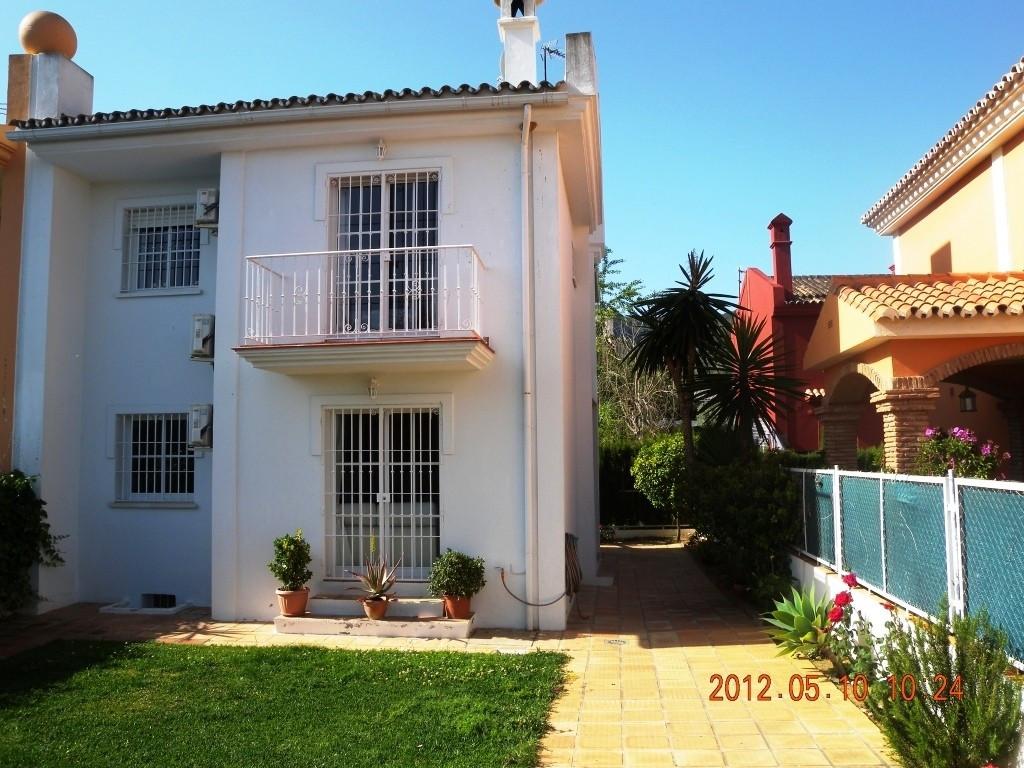 ALHAURIN DE LA TORRE (URB. LA  CAPELLANIA) For sale a semi-detached house on a plot of 250 m 2 fully,Spain