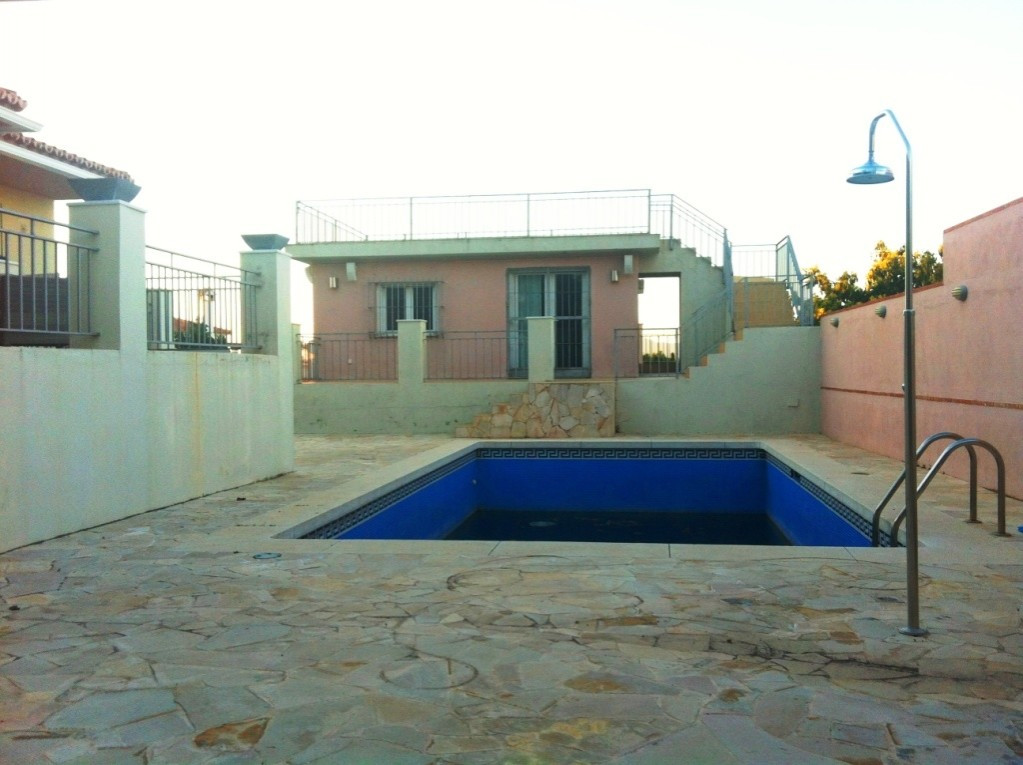 House in Alhaurín de la Torre R3436651 17