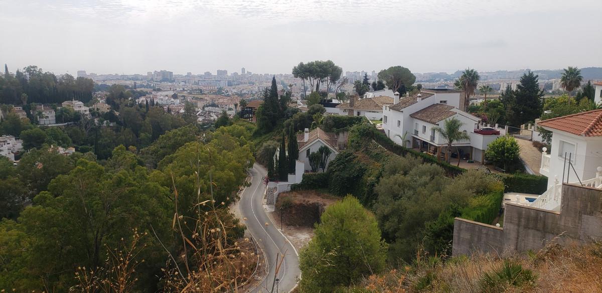 520m2 plot in La Sierrezuela urbanization - Mijas Costa. Just 3 km from the center of Fuengirola, wi,Spain