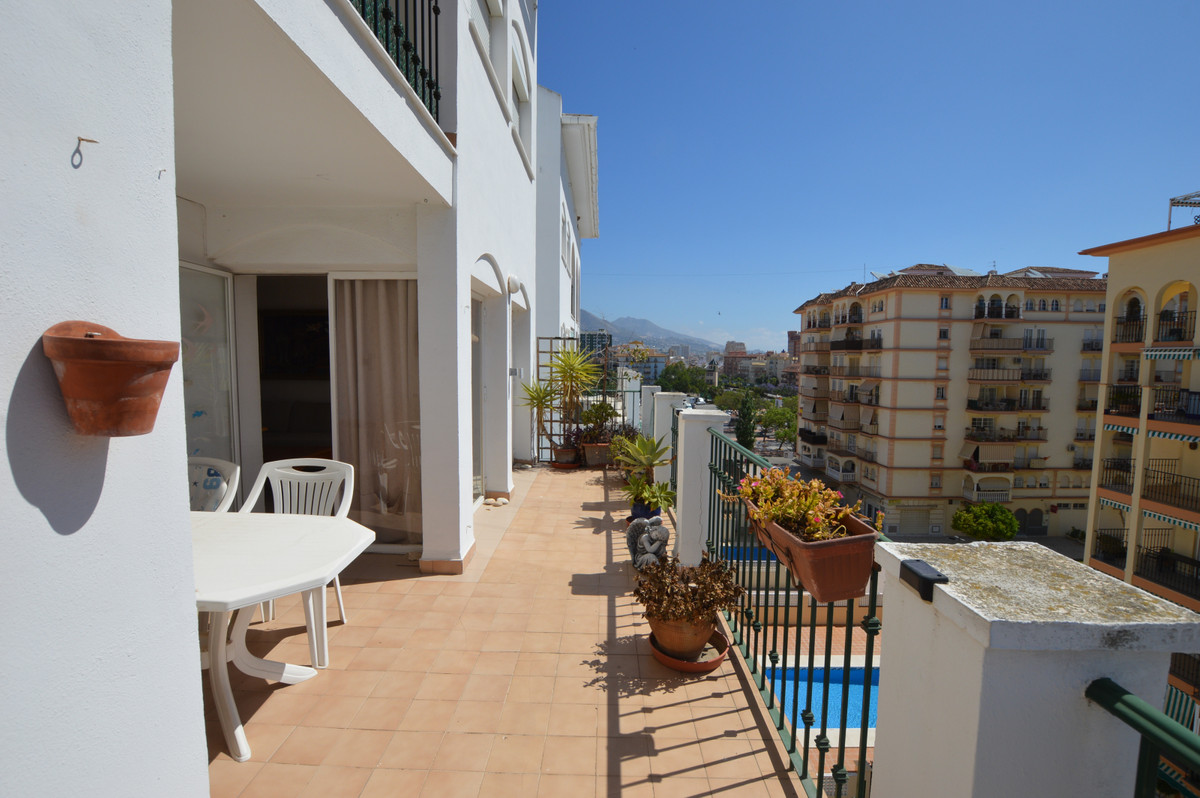 Magnificent and bright apartment located in Fuengirola, fairground area. It has 2 bedrooms, a spacio,Spain