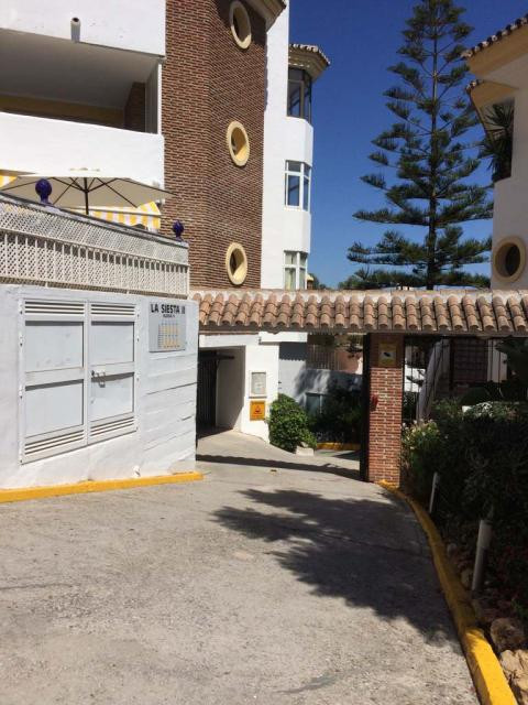 21 m2 underground private parking space in La Siesta, Calahonda.,Spain