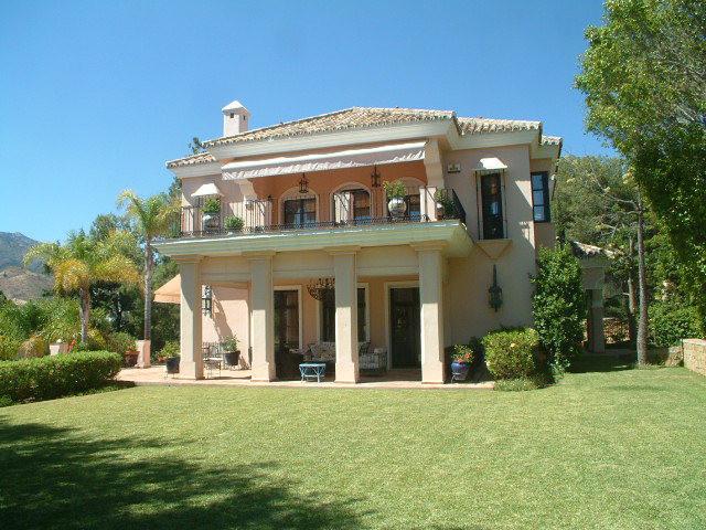 Villa · Río Real