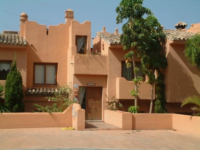 Rækkehus i Riviera del Sol R2694752