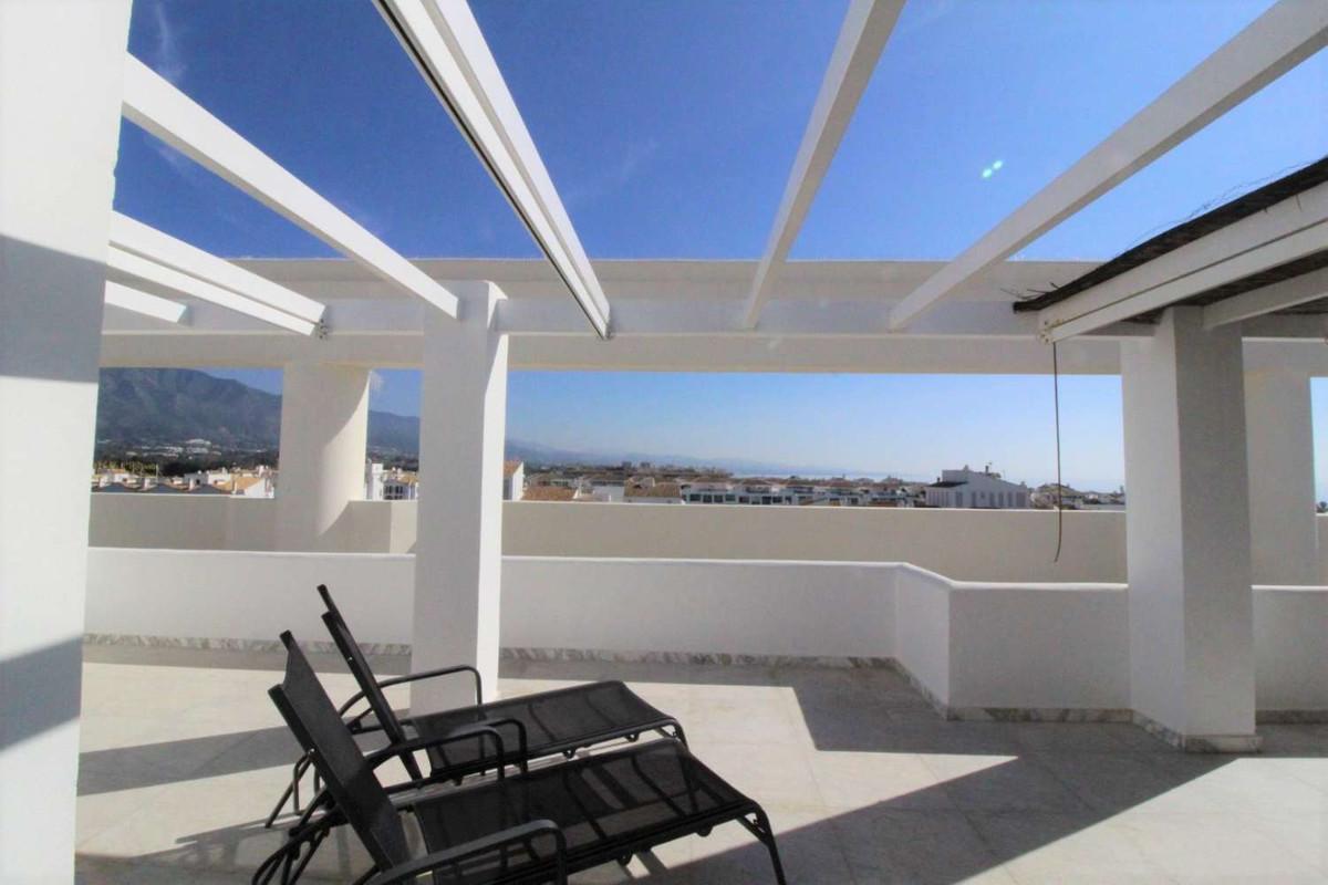 Apartment Penthouse Puerto Banús Málaga Costa del Sol R3835420