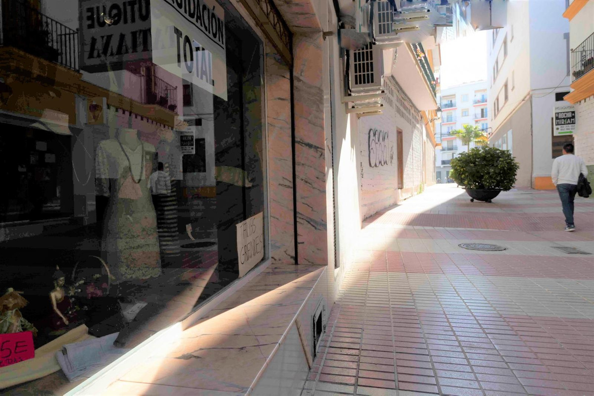 Tienda  en venta    en San Pedro de Alcántara