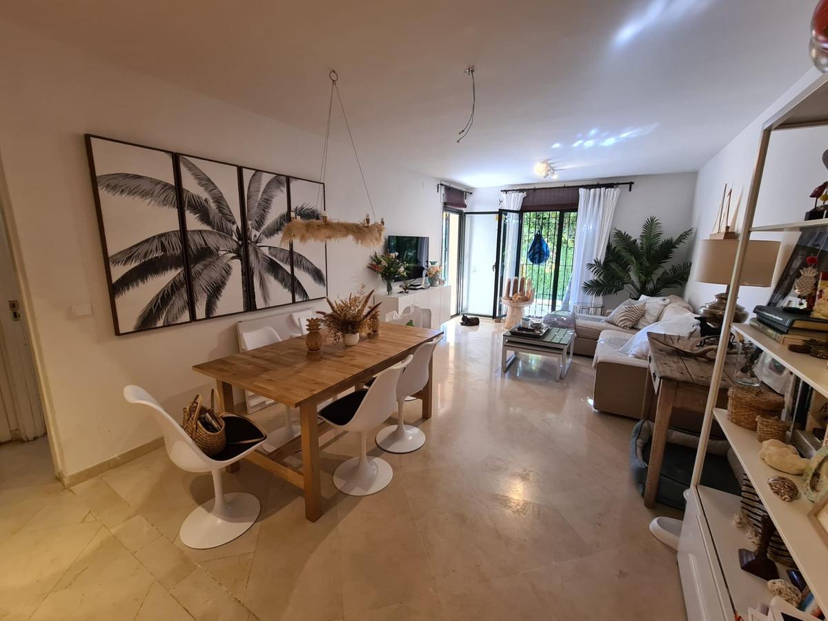 Ground Floor Apartment, San Pedro de Alcantara, Costa del Sol. 2 Bedrooms, 2 Bathrooms, Built 70 m²,,Spain
