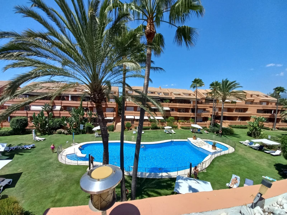 Penthouse, Puerto Banus, Costa del Sol. 3 Bedrooms, 2 Bathrooms, Built 150 m², Terrace 35 m².  Setti,Spain