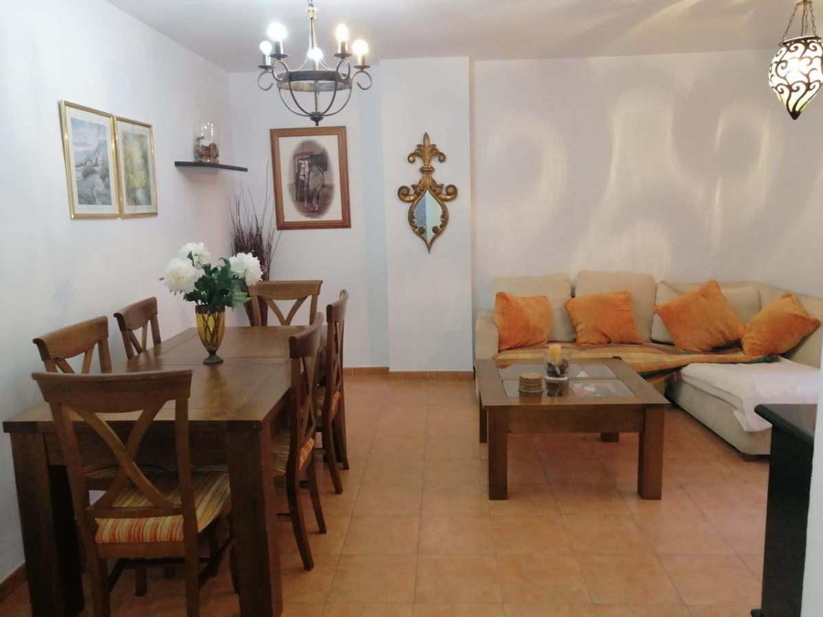 Ground Floor Apartment, San Pedro de Alcantara, Costa del Sol. 2 Bedrooms, 1 Bathroom, Built 85 m², ,Spain