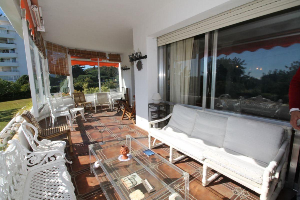 Ground Floor Apartment, San Pedro de Alcantara, Costa del Sol. 2 Bedrooms, 2 Bathrooms, Built 134 m²,Spain