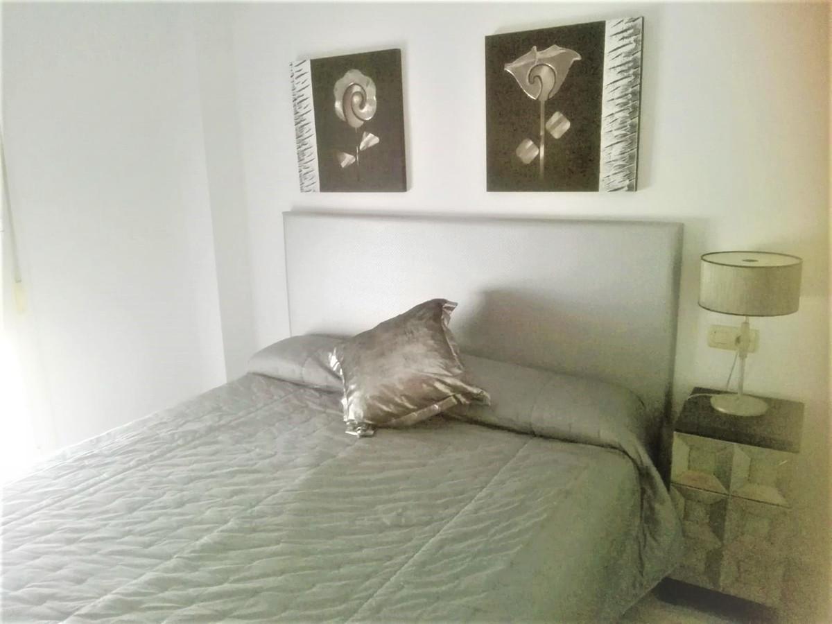 Middle Floor Apartment, San Pedro de Alcantara, Costa del Sol. Built 100 m², Terrace 10 m².  Setting,Spain