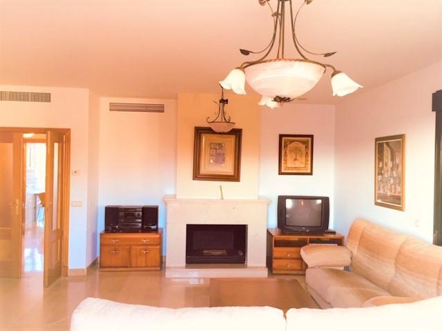 Penthouse, San Pedro de Alcantara, Costa del Sol. 3 Bedrooms, 2 Bathrooms, Built 130 m², Terrace 130,Spain