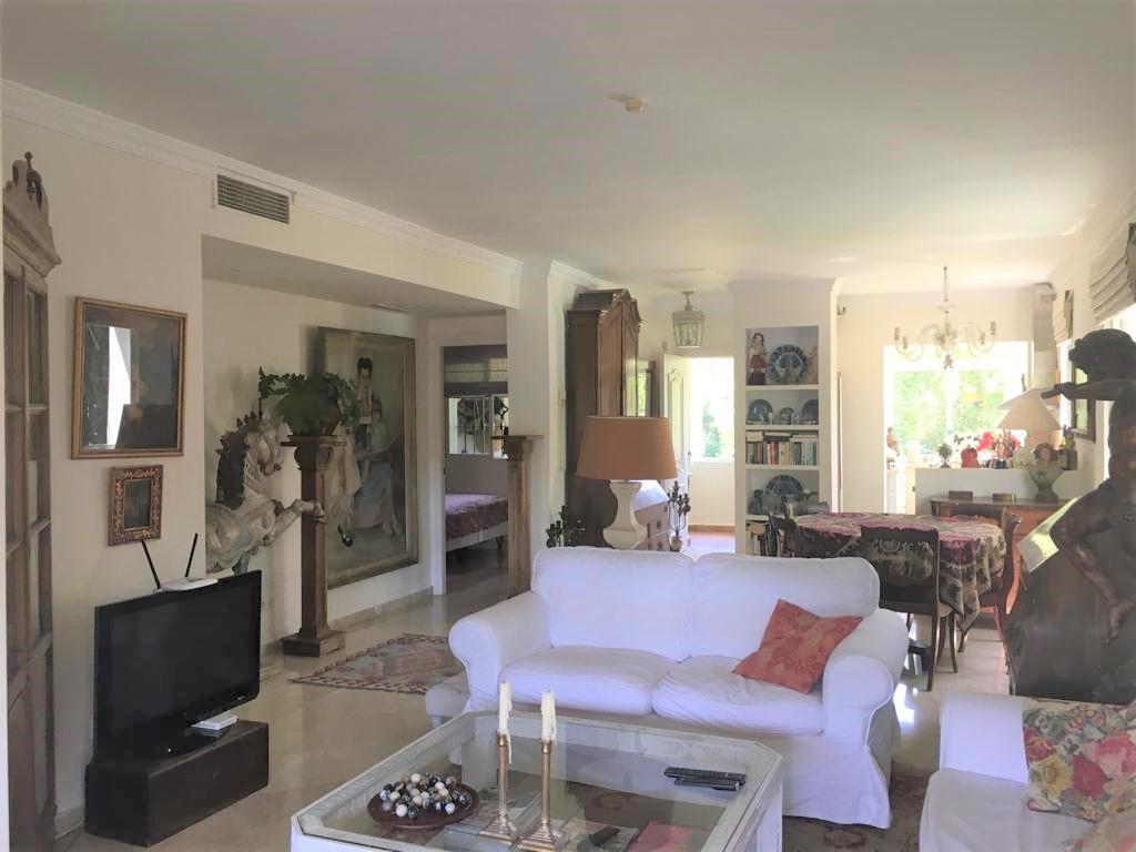 Appartement  Mi-étage en vente   à Guadalmina Alta