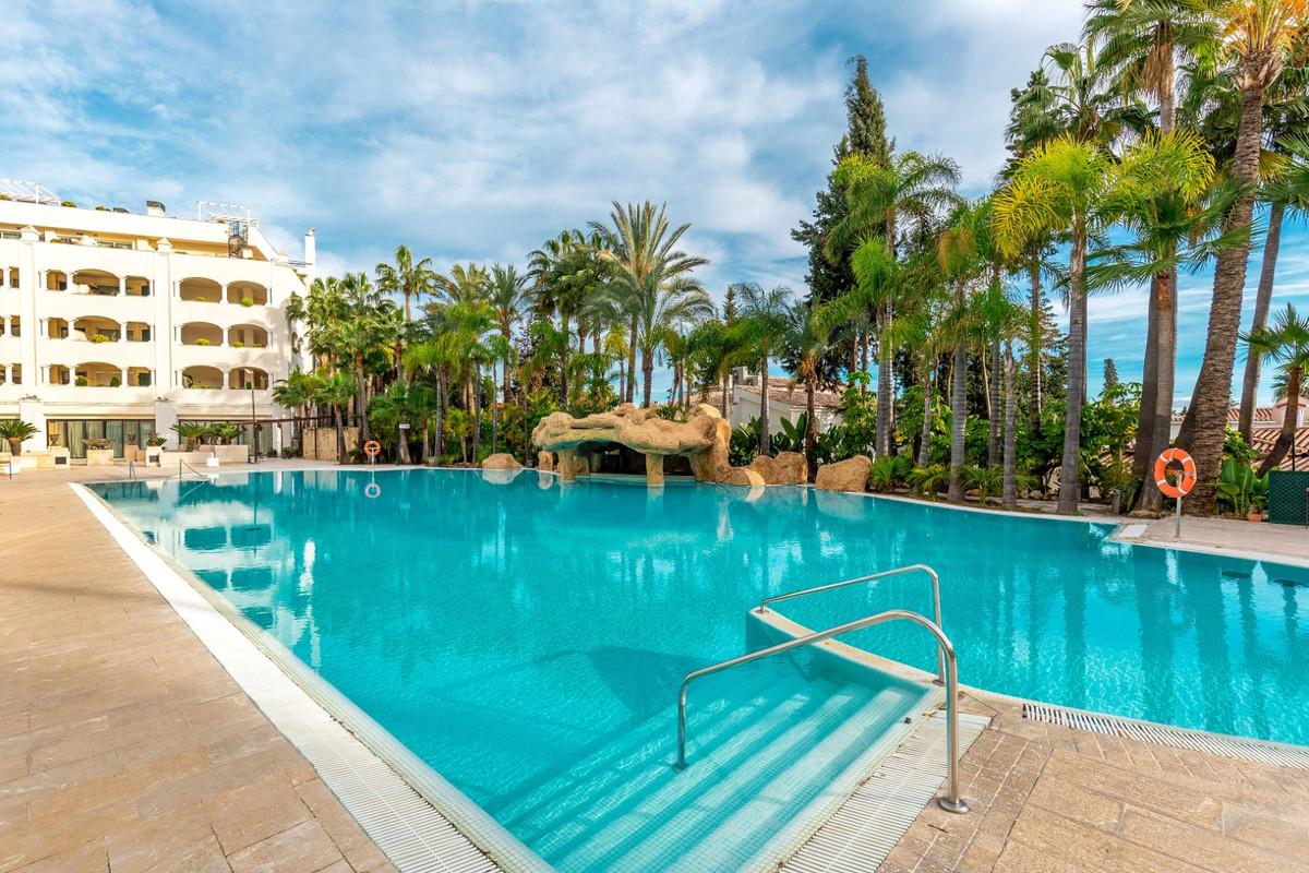 Apartment Penthouse for sale in Marbella, Costa del Sol