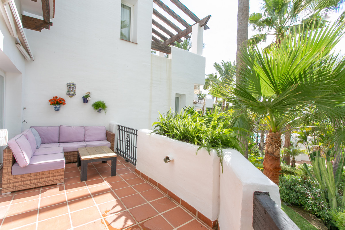 Apartment Middle Floor for sale in Puerto Banús, Costa del Sol