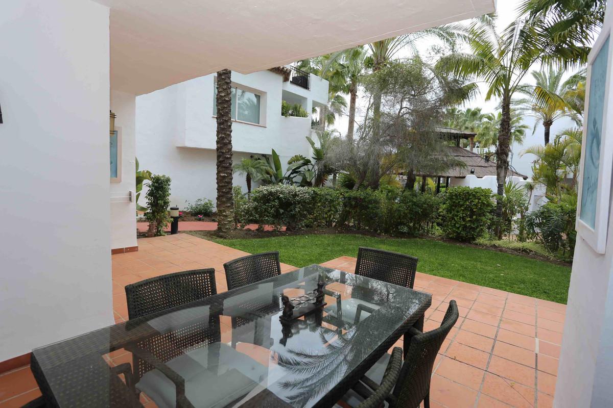 Apartment Ground Floor for sale in Puerto Banús, Costa del Sol