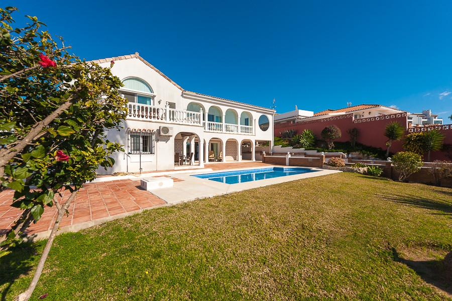 Villa · Riviera Del Sol