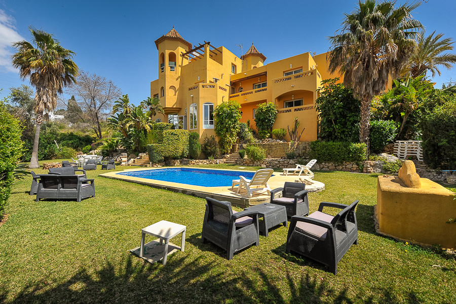 Villa · El Rosario