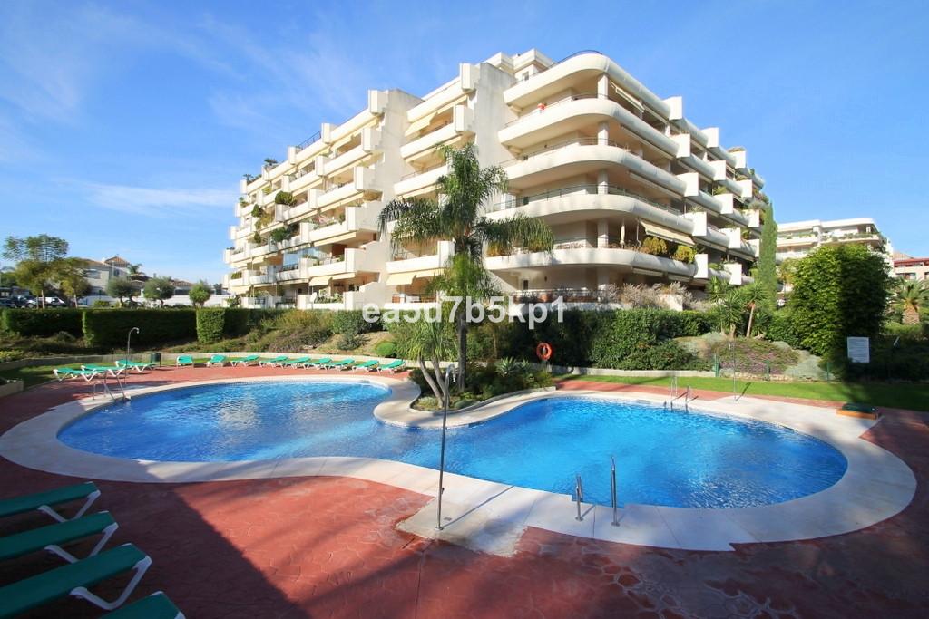 Apartment · Guadalmina Alta