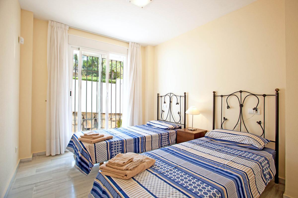 3 Bedroom Ground Floor Apartment For Sale Los Arqueros