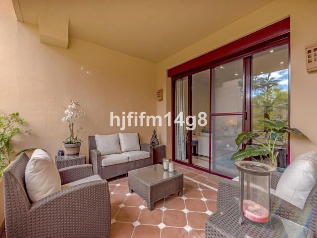 Apartment Middle Floor San Pedro de Alcántara Málaga Costa del Sol R3307075 2
