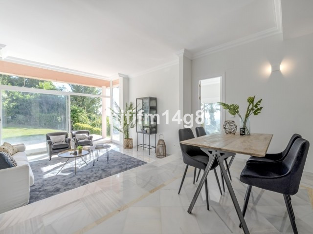 Appartement Rez de Chaussée à Nueva Andalucía R3121807