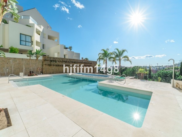 Modern and bright2 bedroom apartment on the luxuryLos Flamingos golf course. This property is very s,Spain