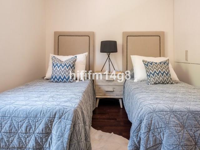 2 Bedroom Townhouse for sale Aloha