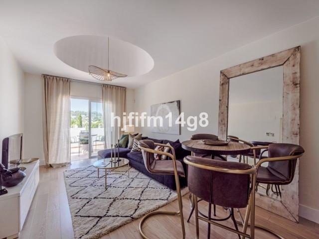 Middle Floor Apartment in Nueva Andalucía R3415729