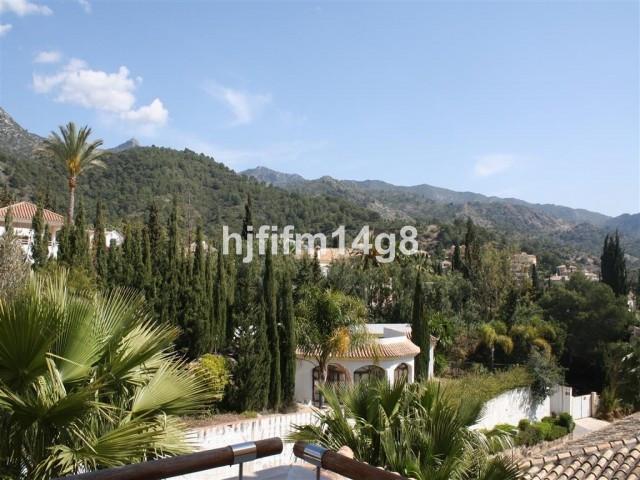 4 Bedroom Apartment for sale Sierra Blanca