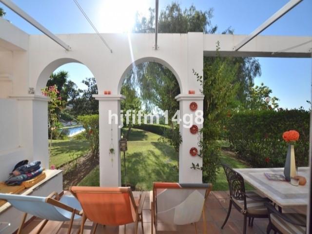 Ref: 313709 2 Bedrooms Price 195,000 Euros
