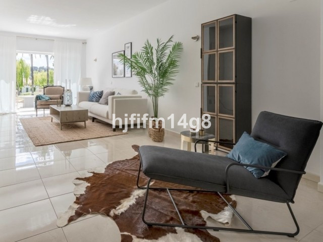 Unifamiliar 3 Dormitorios en Venta Nueva Andalucía