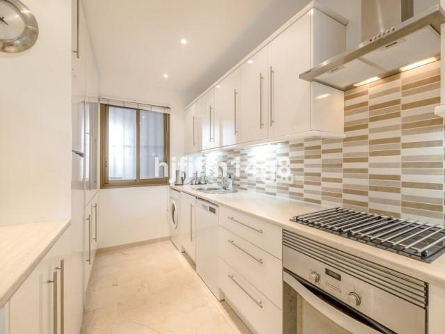 Apartment Ground Floor Nueva Andalucía Málaga Costa del Sol R3349714 8