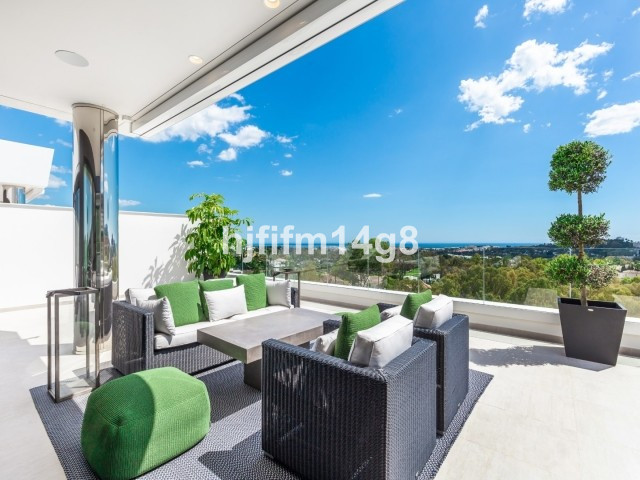 Penthouse in Nueva Andalucía R3445372