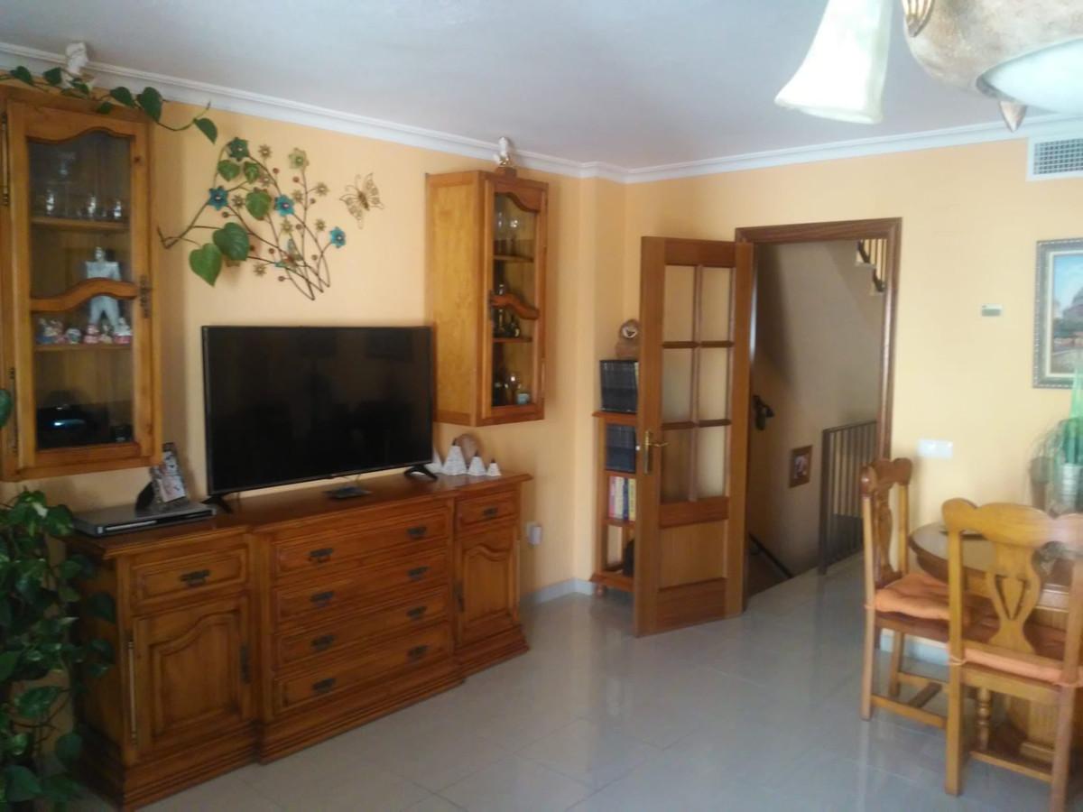 Townhouse, Benalmadena Costa, Costa del Sol. 4 Bedrooms, 3 Bathrooms, Built 286 m², Terrace 73 m².  ,Spain