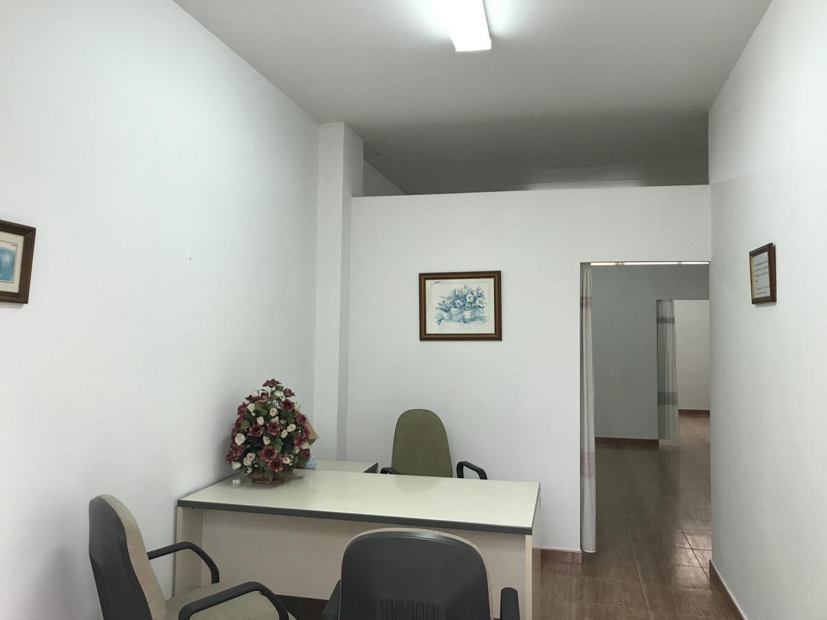 Office, Malaga, Costa del Sol. 1 Bedroom, 1 Bathroom, Built 63 m².  Setting : Town, Commercial Area,,Spain