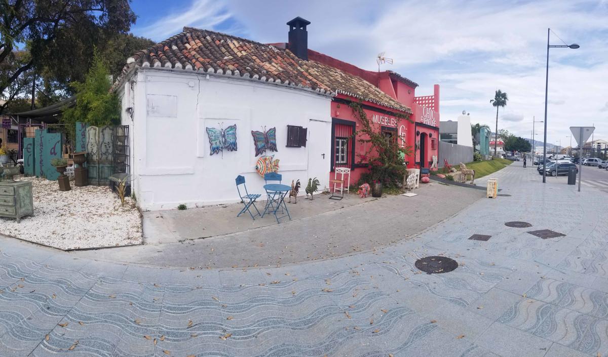 Comercial Tienda 0 Dormitorio(s) en Venta San Pedro de Alcántara