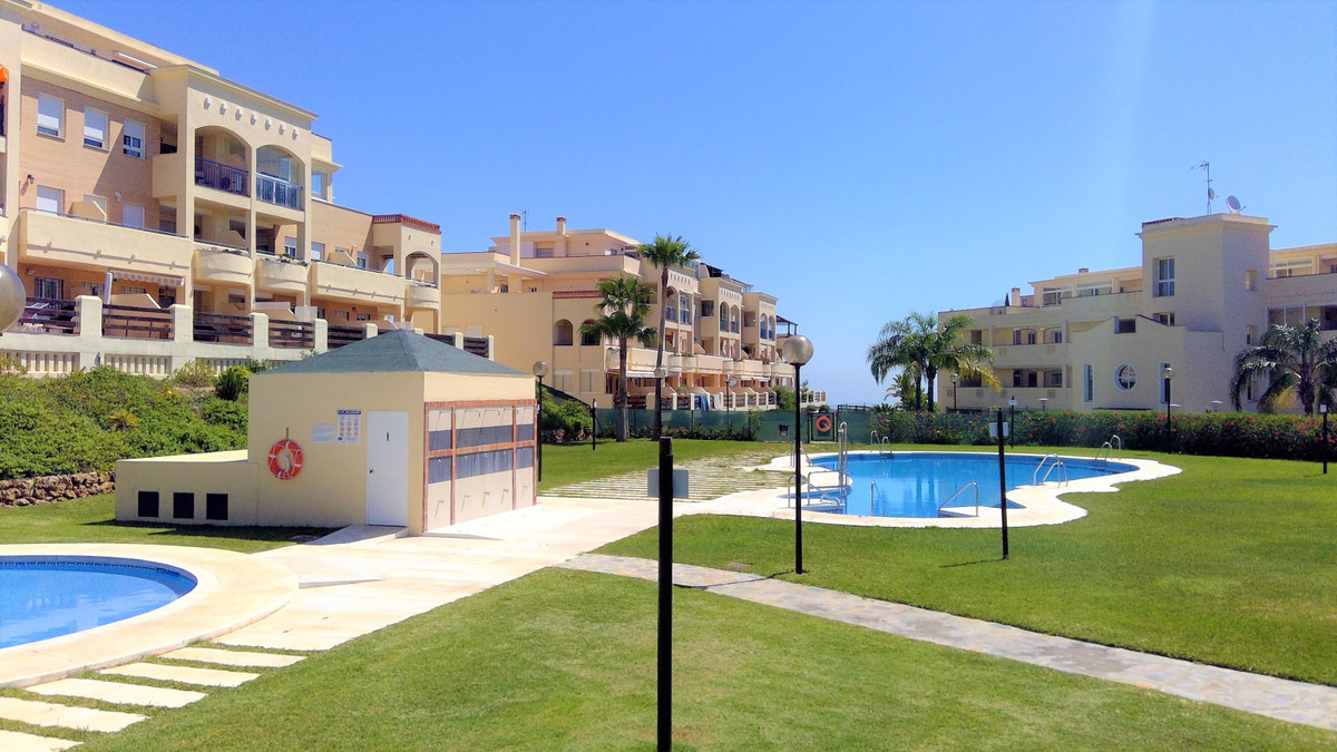 Incredible terrace with panoramic and breathtaking views of the heights of Fuengirola This corner ap,Spain