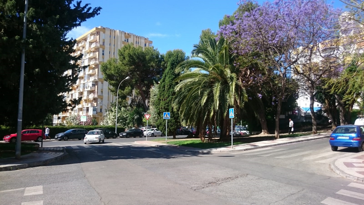 In the center of Arroyo de la Miel, surrounded by shops and services, a few minutes walk from the tr,Spain