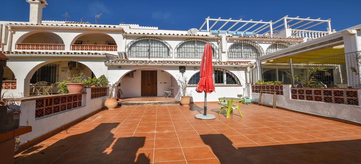 3 Bedroom Townhouse For Sale Manilva, Costa del Sol - HP3918148