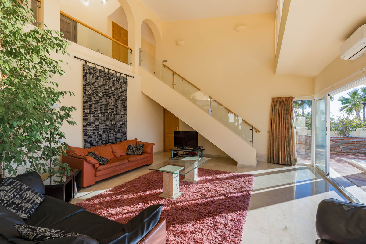 House in Alhaurin Golf R3784765 18