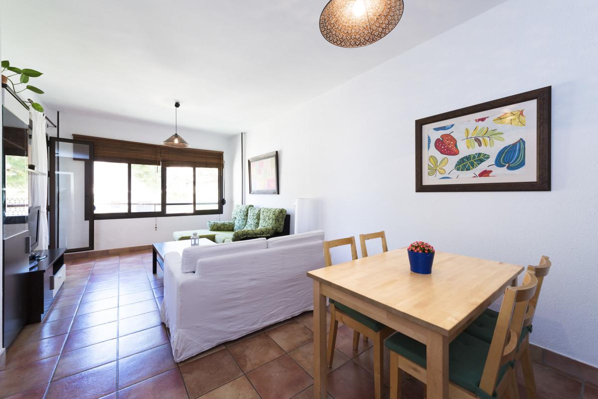 Apartamento Planta Media a la venta en Benalmadena