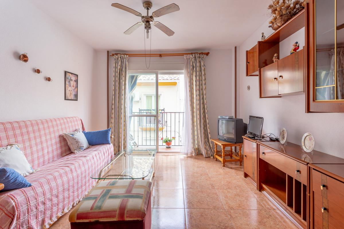 2 Dormitorio Planta Media Apartamento En Venta Fuengirola