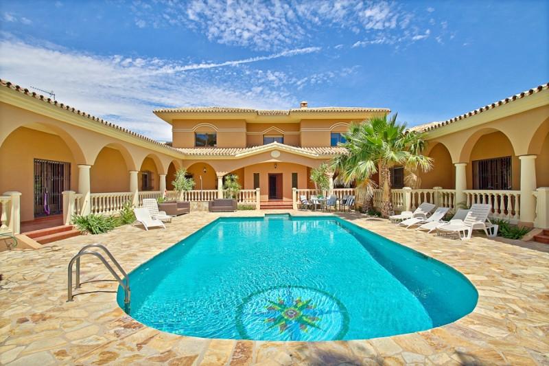 6 bedroom villa for sale alhaurin de la torre